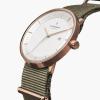 男女兼用のシンプル腕時計がほしいあなたへ!!
