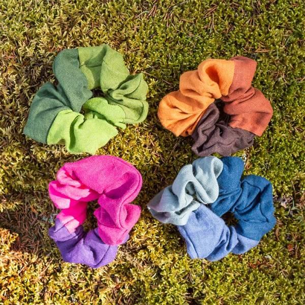 Hiusdonitsit sammaleella, 4 eri väriyhdistelmää