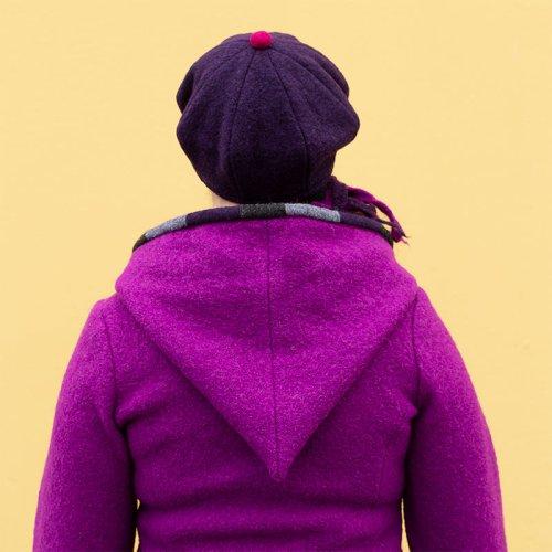 Raitulitakki, kirkkaan violetti villakangastakki naisille
