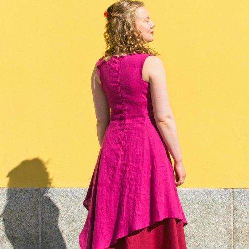 Pinkki pellavainen hihaton haltiamekko, epäsymmetrinen kaunis helma