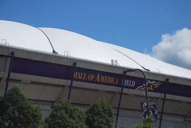 In Metrodome Today Somebody Played Like >> Why Does The Hubert H Humphrey Metrodome Have A Label Minnpost