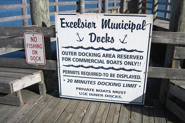 docks sign