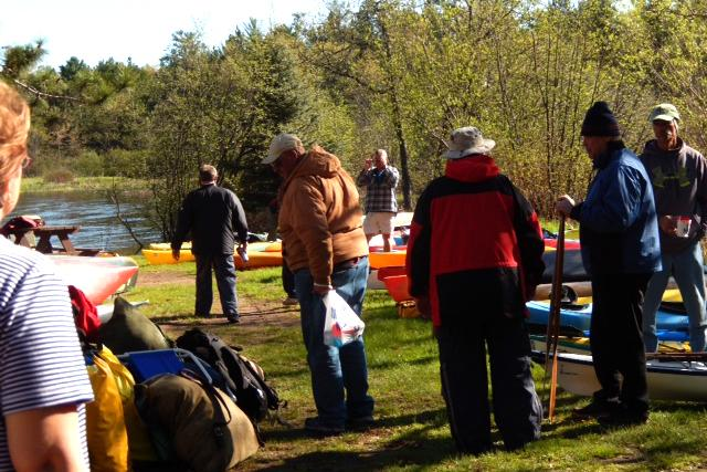 paddlers getting ready