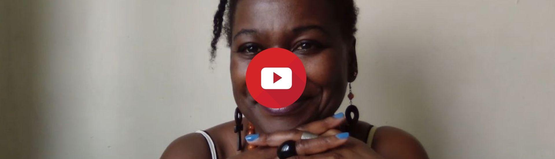Soins cheveux : Mes indispensables côté matériel (Vidéo)