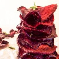 Oven-baked beetroot crisps