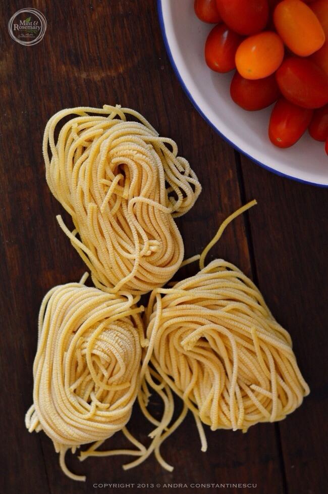 Spaghetti-pomodorini-basilico