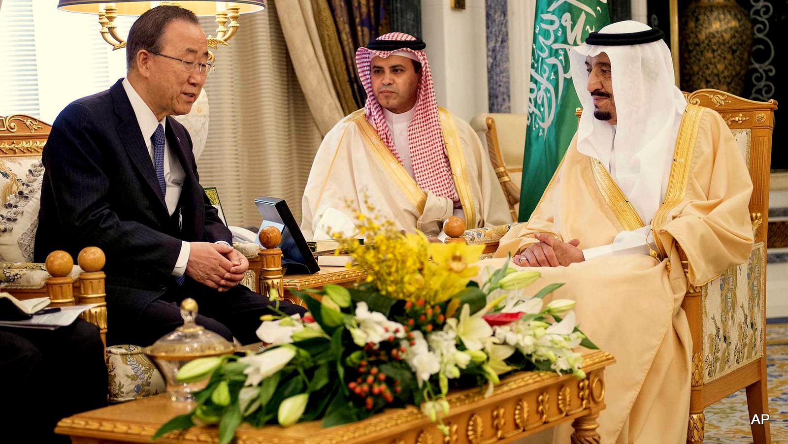 United Nations Secretary General Ban Ki-Moon, left, meets with King Salman bin Abdul-Aziz Al Saud, right