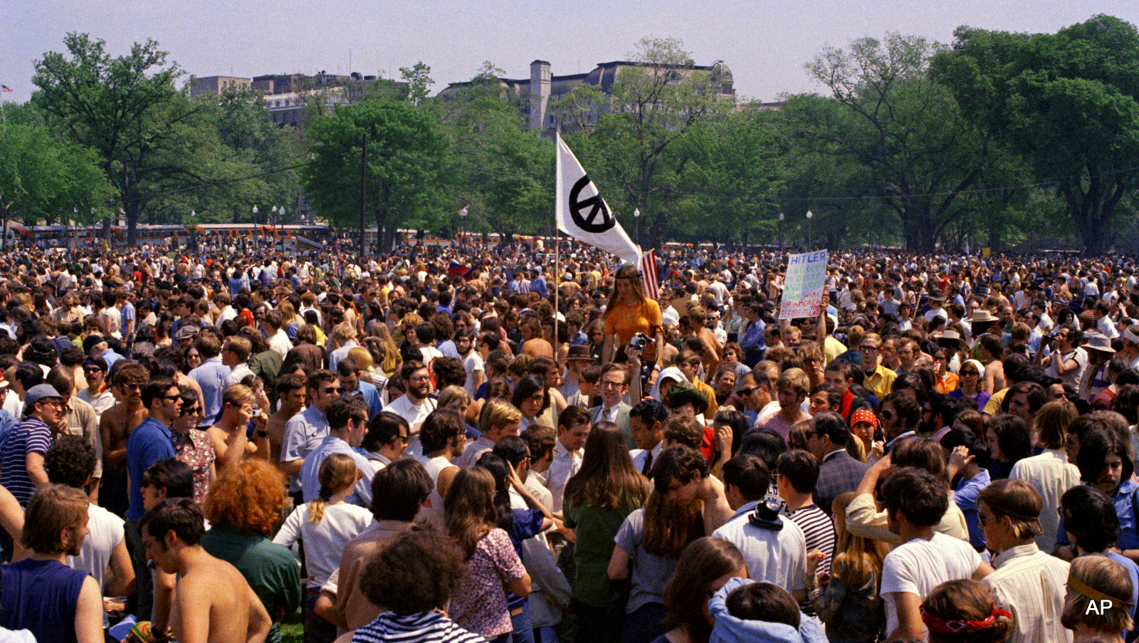Anti-war demonstrators Mass on the Ellipse in Washington on May 9, 1970.