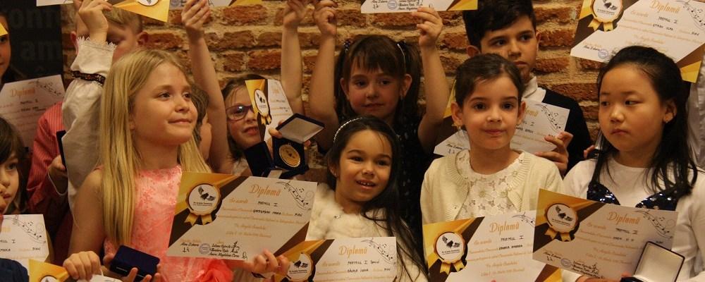 """Concursul National de Interpretare Muzicala """"Pe Aripile Sunetului"""" va fi prezent si in Craiova, in perioada 3-4 Noiembrie."""