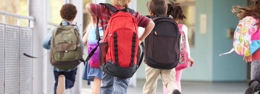 De la altii: Invatat-ti copilul cum sa se comporte la scoala