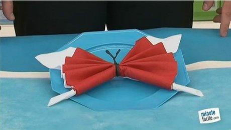serviette en forme de papillon