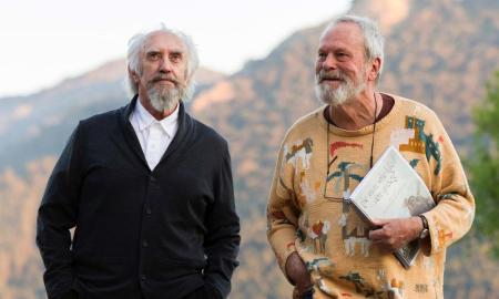 "Terry Gilliam verra bien son film ""L'homme qui tua Don Quichotte"" sortir en France."