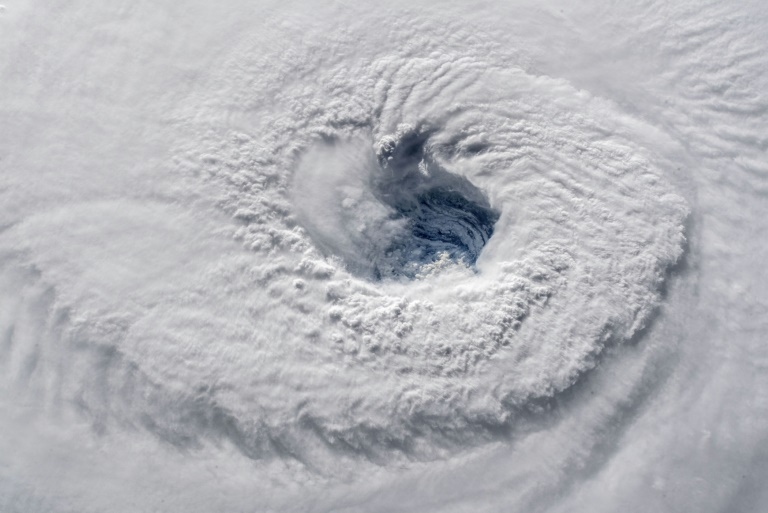 L'oeil de l'ouragan Florence photographié depuis la Station spatiale internationale à 11H50 GMT le 12 septembre 2018
