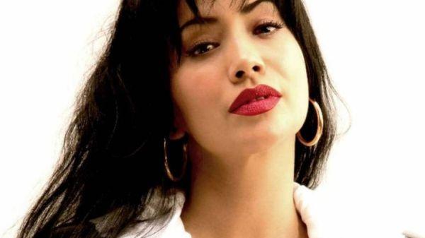 """¡Por encima de JLo y Kim! Selena Quintanilla sigue siendo la reina de las curvas """"Preciosa y natural"""" - Minuto Neuquen"""