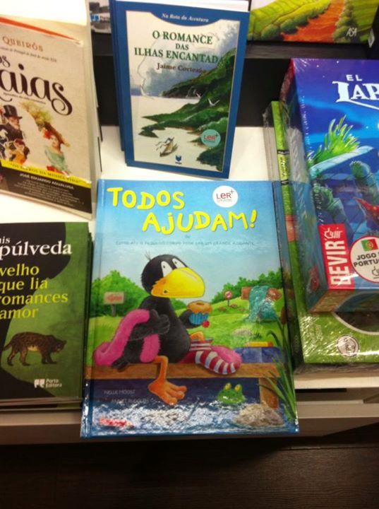 livro todos ajudam nas livrarias