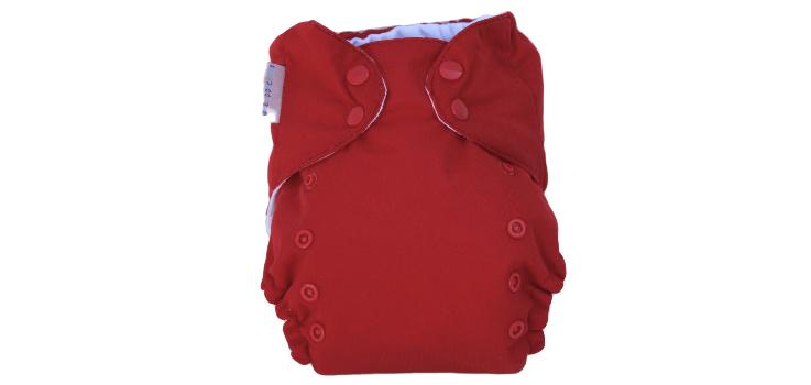 El bebé ha manchado el pañal de rojo