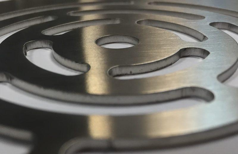 corte laser metal