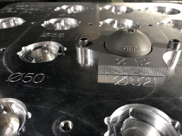 Utillaje en las empresas de mecanizado de piezas. Amarre en positivo