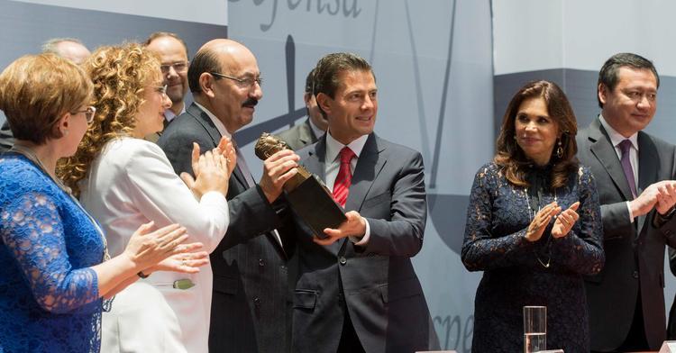 Amplía Peña decreto que facilita repatriación de capitales en extranjero