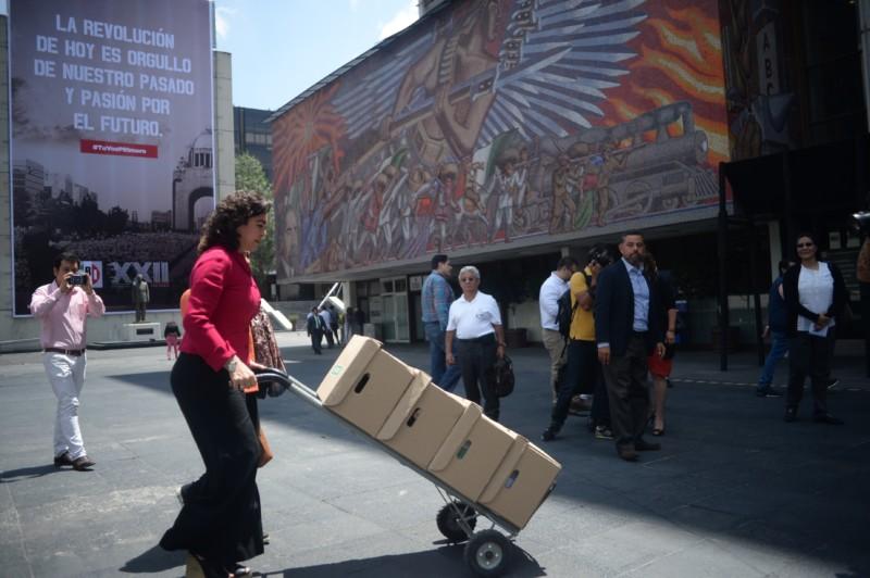 Democracia, en manos de delegados: Ivonne Ortega