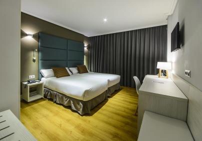 hotel pax 1