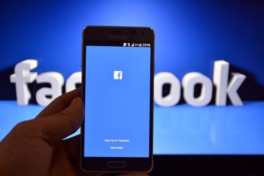 Facebook admite erros de medição