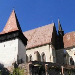 Se cauta ghid pentru biserica din Biertan