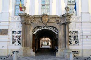 Muzeul Brukenthal, 200 de ani de activitate publica