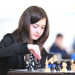 Teodora Popa reprezinta judetul Sibiu la Olimpiada Nationala de Sah