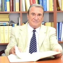 Corneliu D. Zeana isi lanseaza cartile la Medias