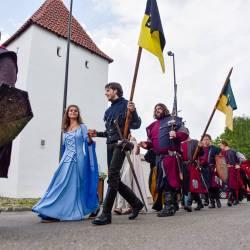 Programul paradelor medievale