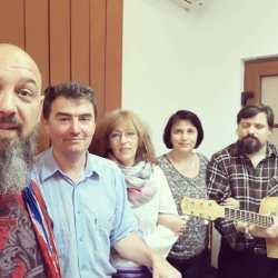 Interviu: Grupul folk Motto aniverseaza 10 ani (video)