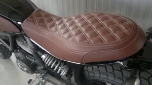 Mirco Moto_scrambler pelle