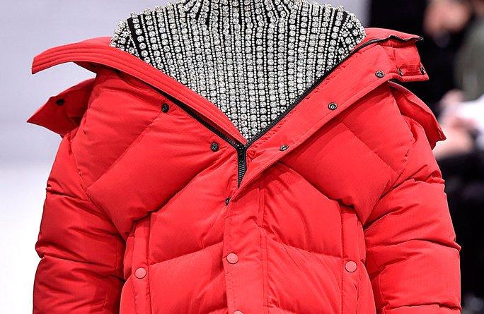 Prošívané péřové bundy ideální volba pro zimní období
