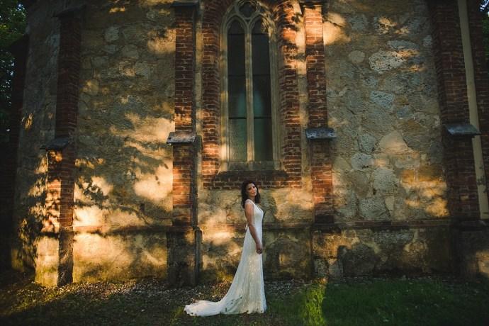 mirela bauer photography touch of love novi dvori wedding session bride