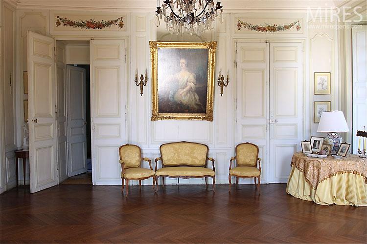 Petit Salon Classique C0305 Mires Paris