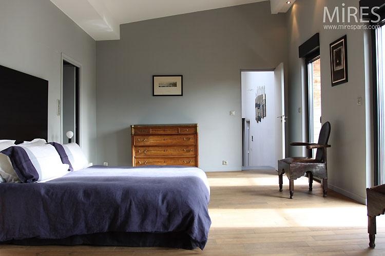 grande chambre gris bleu c0476 mires