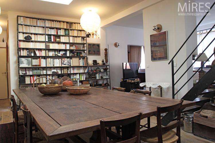 Grande Table En Bois Objets Exotiques C0670 Mires Paris