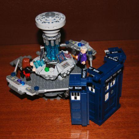 Доктор в деталях. Обзор набора LEGO® Doctor Who 8