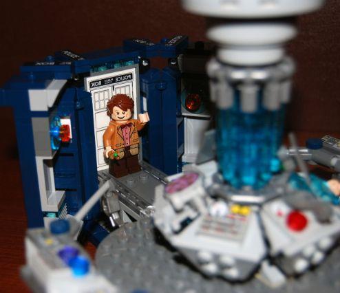 Доктор в деталях. Обзор набора LEGO® Doctor Who 21