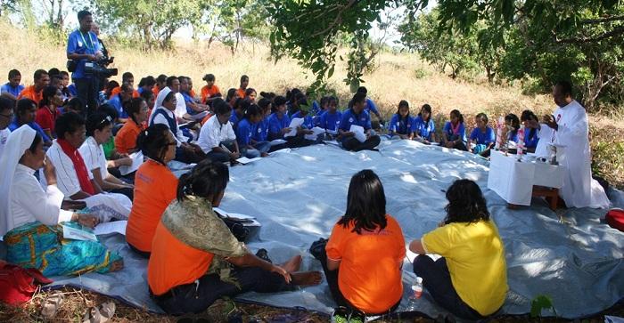 Misa di tempat para misionaris pertama menginjakkan kaki di Tanah Sumba