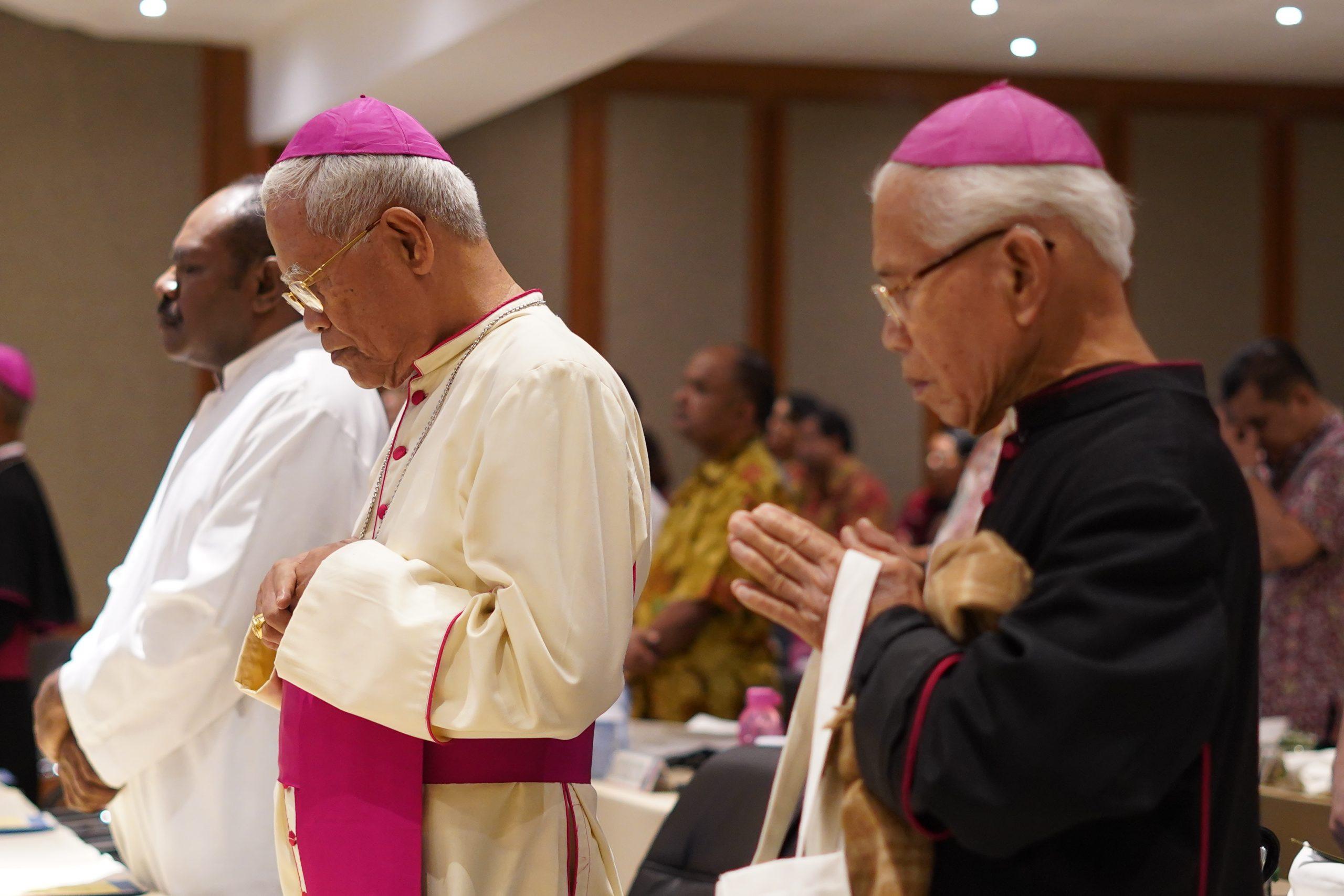 Mgr Anicetus Bongsu Sinaga OFMCap, Administrator Apostolik Keuskupan Sibolga, Keuskupan Sibolga, Komsos KWI, Konferensi Waligereja Indonesia, RIP, Uskup Sibolga