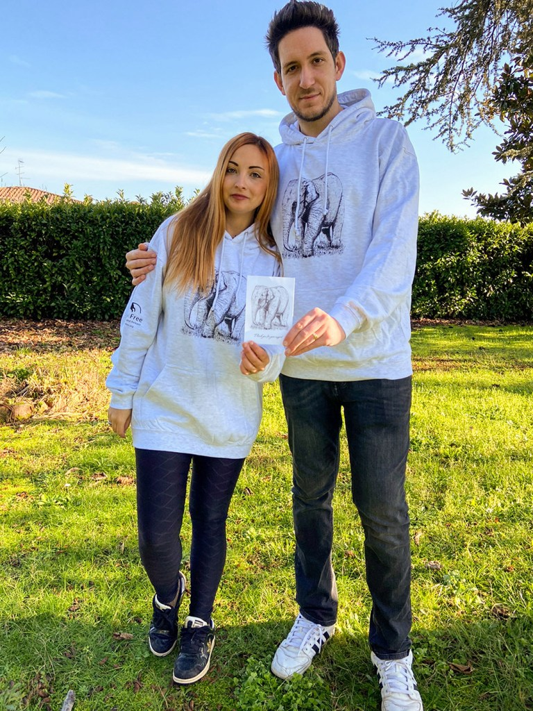 Mirko Chianucci and his wife wearing Salma hoodies from Salma campaign