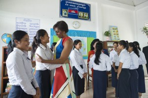 Michelle Obama visit the Hun Sen Bakorng High School in Siem Reap, Cambodia as part of the Let Girls Learn initiative. https://flic.kr/p/rHgwMS