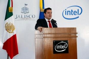 Governor Jorge Aristóteles Sandoval Díaz at a conference with Intel. https://flic.kr/p/eakhoF