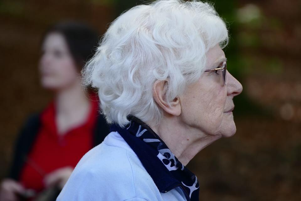 Svaka šesta umirovljenica prima najnižu mirovinu od prosječnih 1.670 kuna