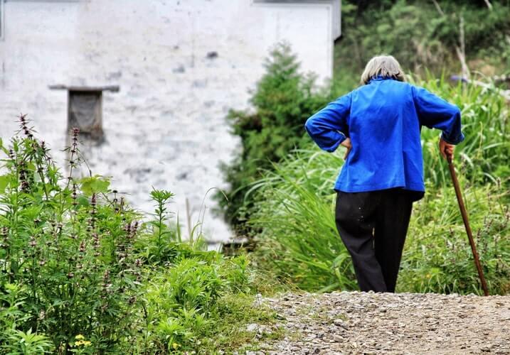 Njemački ekonomisti predložili da se u mirovinu ide tek sa 68, pobunili se i političari