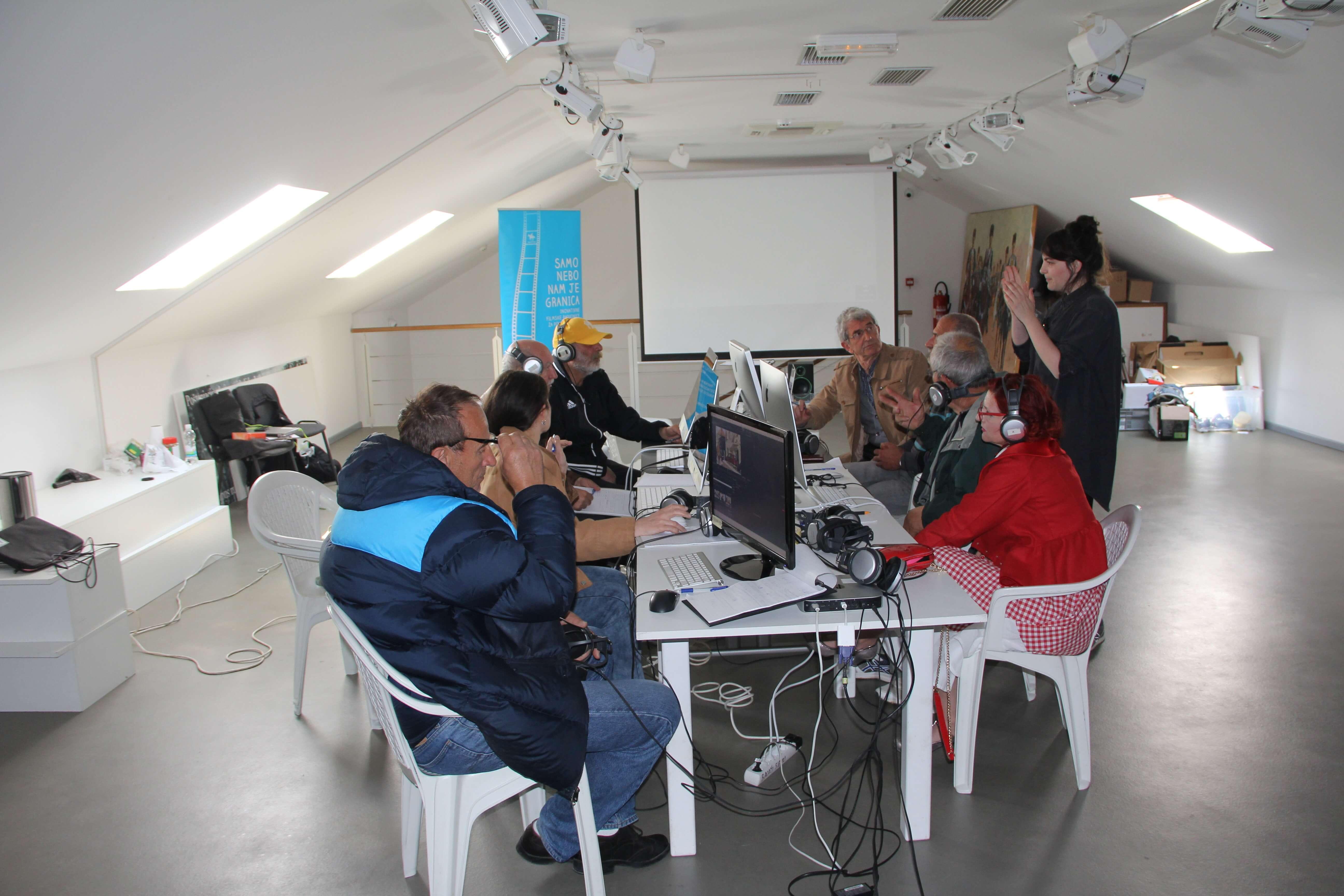 Sinjski umirovljenici montiraju svoje filmove i pišu scenarije za nove uratke!