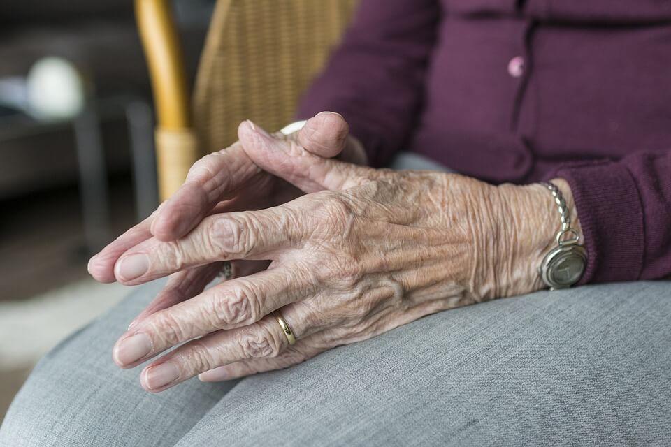 Zabrinjavajuće: Tijekom epidemije zabilježen veliki porast smrti od dementivnih bolesti