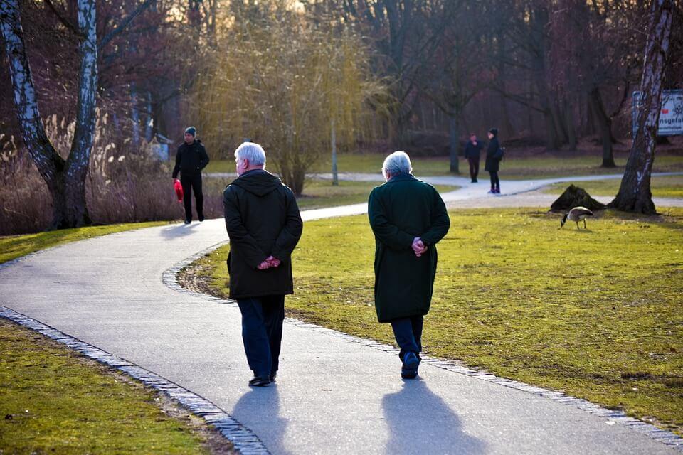 Profesorica u mirovini: Nismo se ni zarazili, a korona nas je od aktivnih umirovljenika pretvorila u starce